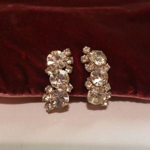 Vintage jewelry earrings. Clip on vintage earrings